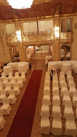 Grand Hotel Bohemia : The Ceremony arragements