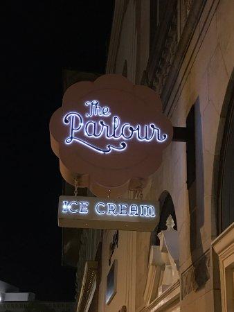 The Parlour: photo0.jpg