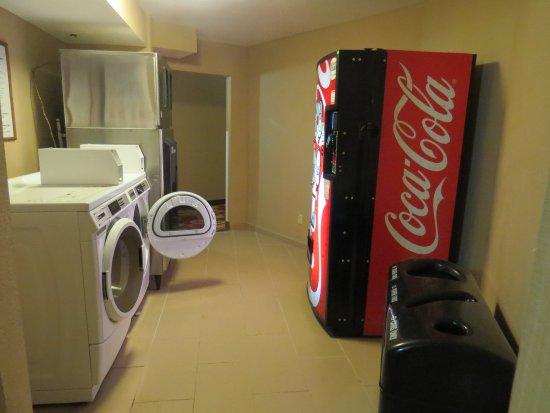 Best Western Lake Buena Vista - Disney Springs Resort Area: washer, dryer and soda machine