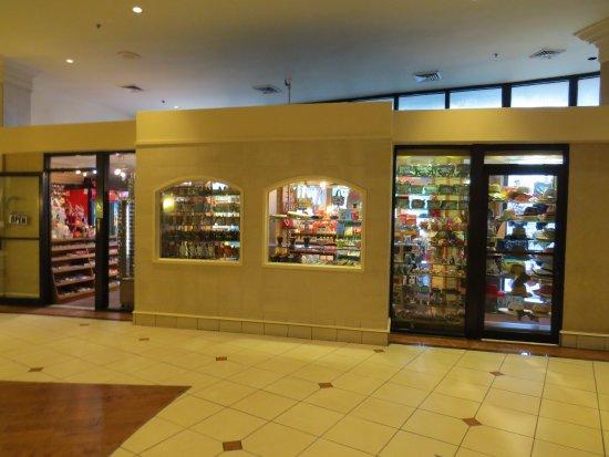 Best Western Lake Buena Vista - Disney Springs Resort Area: Gift shop