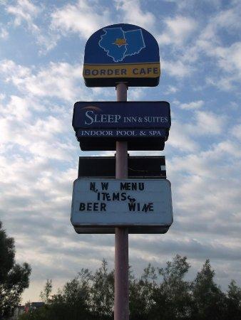 Sleep Inn & Suites Danville: Près du Border Cafe