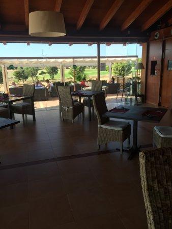 La Monacilla Golf: Clubhouse ...