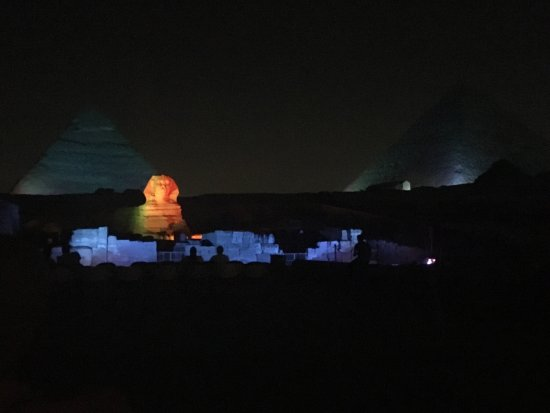 Pyramids show : photo0.jpg
