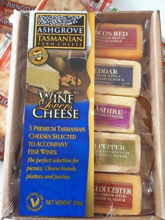 Bicheno, Australia: Platter of cheese