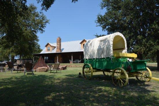 Palo Pinto, TX: Das Gelände ist liebevoll eingerichtet und sehr gepflegt