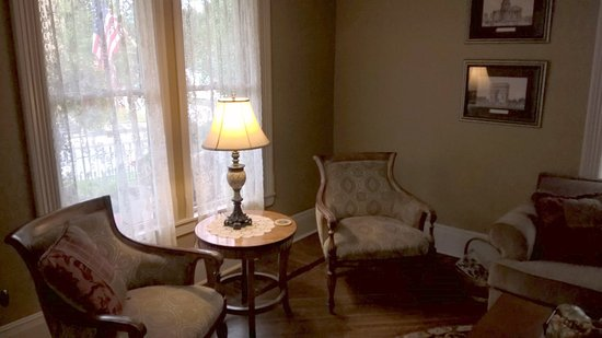 Jasper, IN: sitting room, very inviting and relaxing