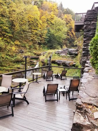 Ledges Hotel: The Serenity Deck