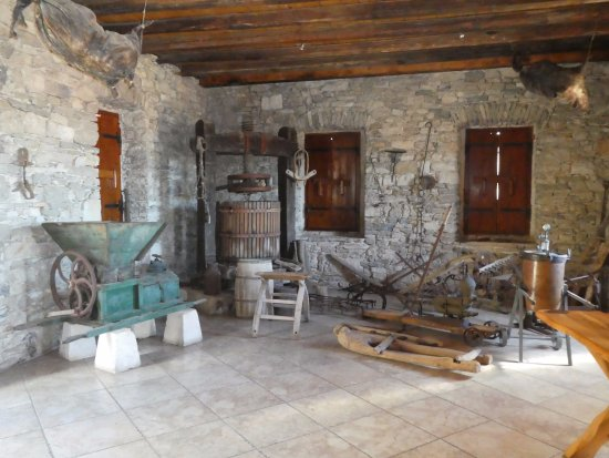 Smokvica, Kroatien: Inside the Vinarija Toreta