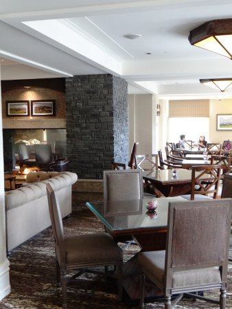 Fairmont Banff Springs Gold Executive Lounge Picture Of