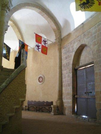 Iglesia de la Vera Cruz: Inside Vera Cruz church