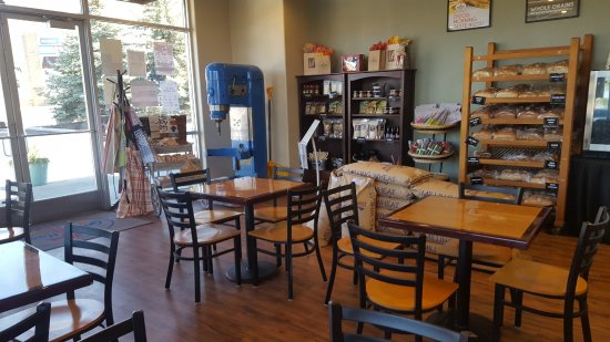 Great Harvest Bread Company: seating area