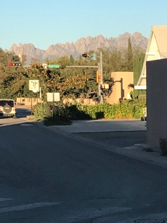Mesilla, Nowy Meksyk: view of Organ Mountains from parking lot