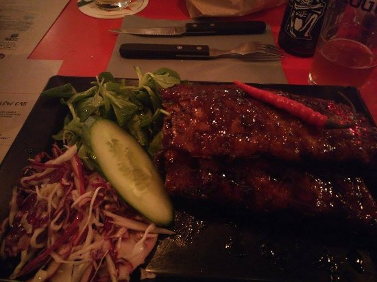 American Steakhouse Broadway: Spicy Ribs - THE BEST!!
