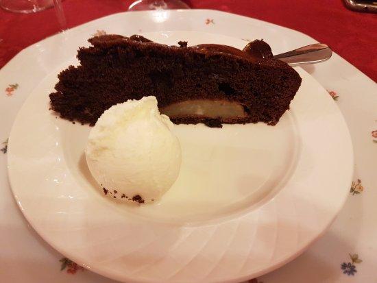 Issime, Italië: Torta cioccolato e pere