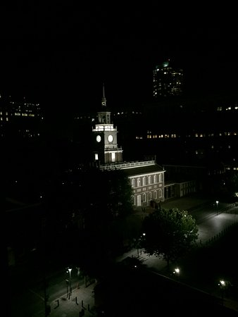 Kimpton Hotel Monaco Philadelphia: Beautiful View-The Bell will chime on the hour.