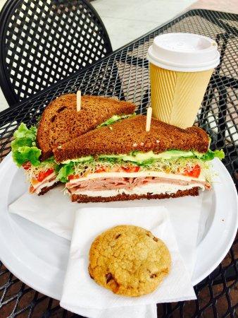 Claremont, Καλιφόρνια: Last Drop Cafe