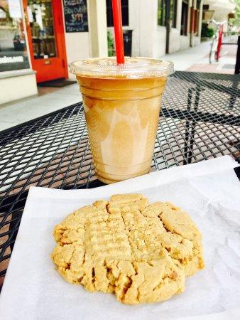 Claremont, CA: Last Drop Cafe