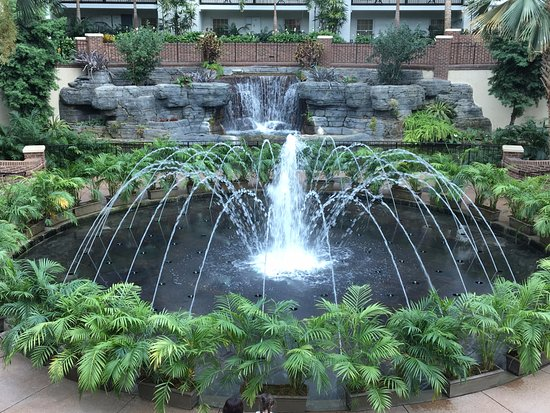 Gaylord Opryland Resort Gardens: Fountains in the Delta Section at Opryland Resort