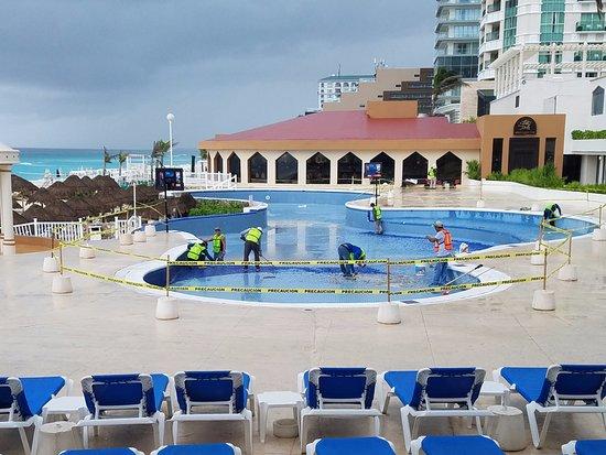 Golden Parnassus All Inclusive Resort & Spa Cancun Photo