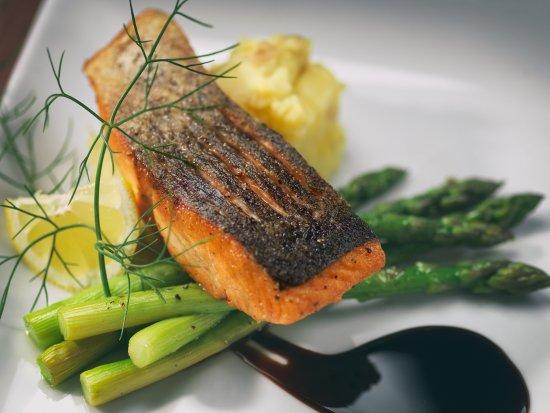 Mount Vernon, OH: Seared Salmon