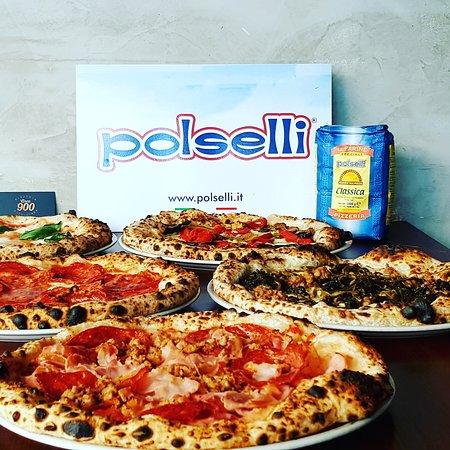 Kew, Australia: Which one will you choose the results with polselli flour vera pizza napoletana #circa900pizzeri