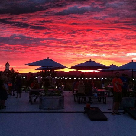 Corvallis, OR: Enjoy a pint of your favorite brew and colorful summer sunsets on the Roofto!