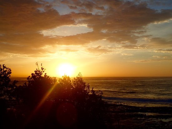 Berrara, Australien: Sunrise over the ocean