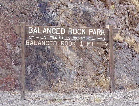 Buhl, ID : Balance Rock Park Sign