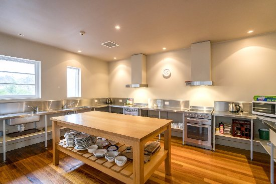 Cottages At Tarraleah Scholars House Hotel Rooms Shared Kitchen