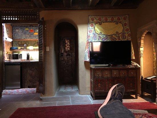 Inn of the Five Graces: photo2.jpg