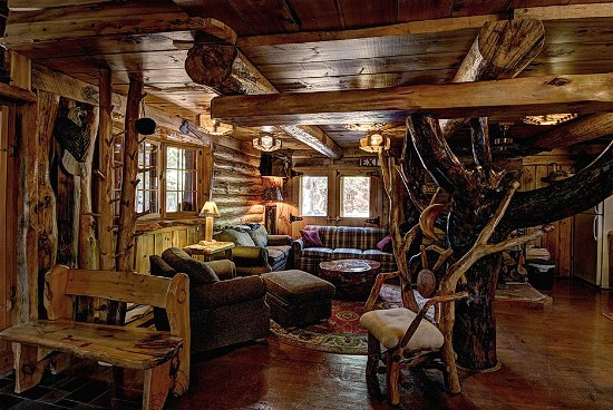 Boulder Junction, WI: Kodiak Kastle cabin interior