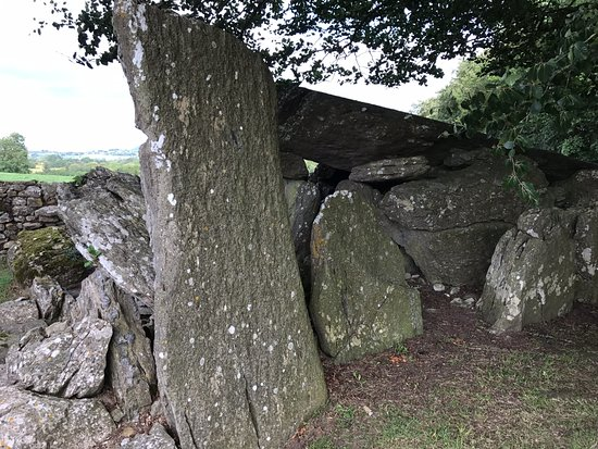Ancient wedge tomb - Review of Labbacallee Wedge Tomb, Fermoy
