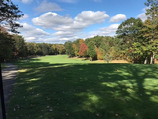 West Branch, MI : Beautifully kept, well run course.