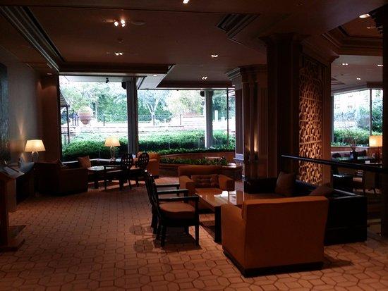Grand Hyatt Istanbul: Mezzanine lobby