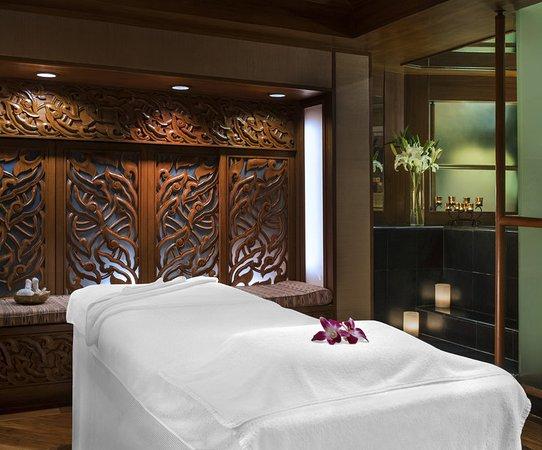 Sheraton Grande Sukhumvit, A Luxury Collection Hotel: The Grande Spa - Treatment Suite