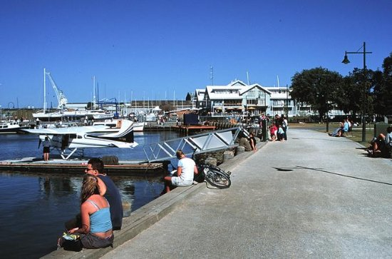 Melbourne City and Williamstown Ferry...