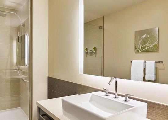 Δυτικό Fargo, Βόρεια Ντακότα: Guest Bathroom