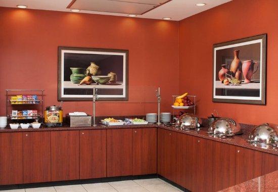 Gaithersburg, MD: Breakfast Buffet