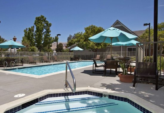 Milpitas, CA: Outdoor Pool