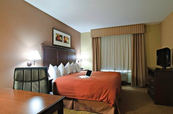 Cuyahoga Falls, OH: Guest Room