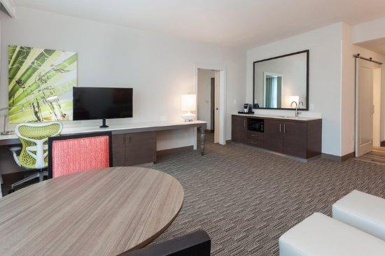 King Bed Hilton Garden Inn Fort Walton Beach 39 Tripadvisor
