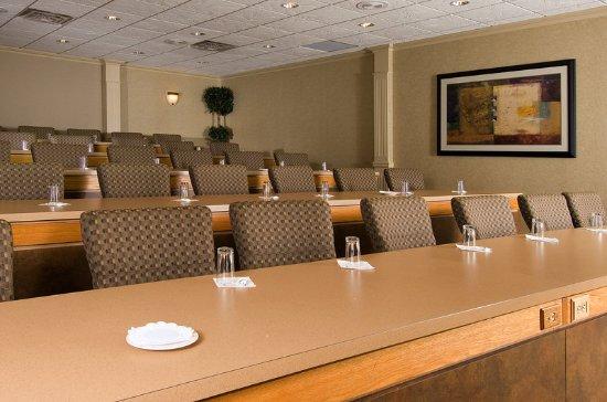 Radisson Hotel-Utica Centre: Conference Center
