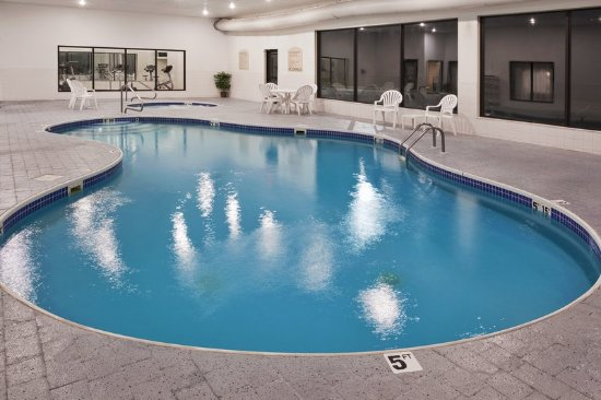Holiday inn express newell bewertungen fotos for Swimming pool preisvergleich