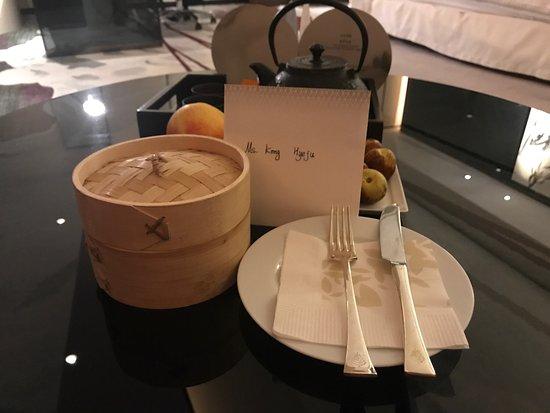Four Seasons Hotel Guangzhou: photo0.jpg