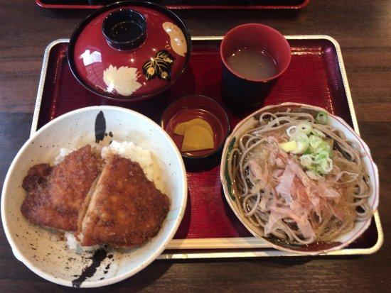 Sabae, Japan: 二男坊ランチ(ソースカツ丼&おろしそば)
