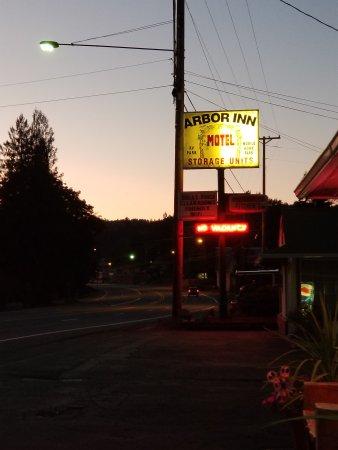 โอกริดจ์, ออริกอน: Sunset in Oct.