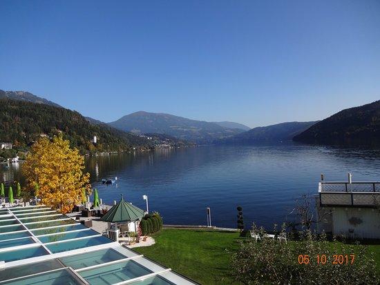 Hotel am See - Die Forelle: Blick vor der Altbau Suite auf den See