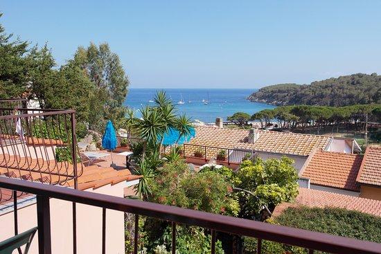 Fetovaia, Italie : Vista dalla camera Hotel Scirocco