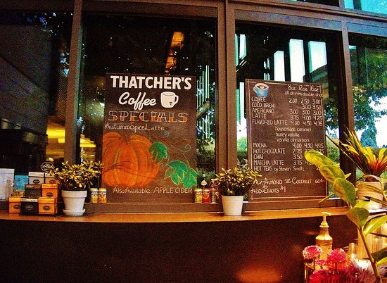 Vancouver, WA: Thatcher's Coffee located in the front lobby