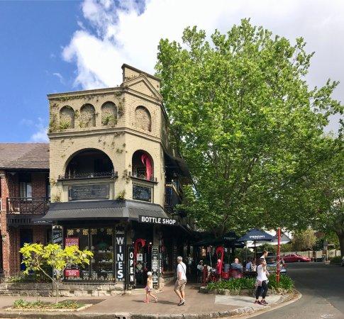 McMahons Point, Australia: Delicado offers a unique concept in Sydney: restaurant, wine bar, café, deli, and a bottle shop.